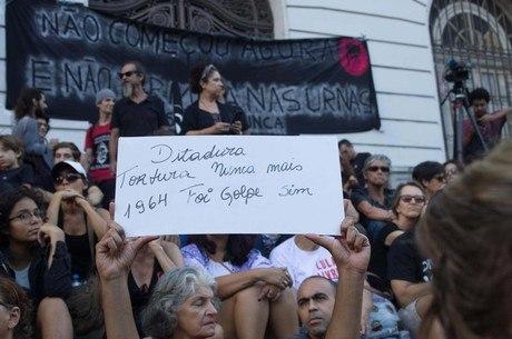 Ato contra a ditadura mobilizou o centro do Rio