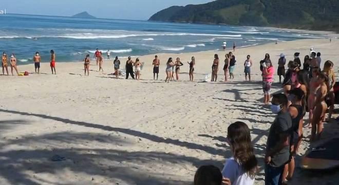 Ato realizado na manhã desta quarta-feira (8), na praia de Maresias