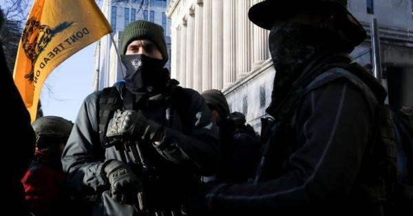 Ato pró-armas na Virgínia provoca alerta sobre violência