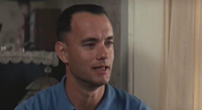 Ator que ficou com o papel e teve sucesso com seu desempenho no filme: Tom Hanks