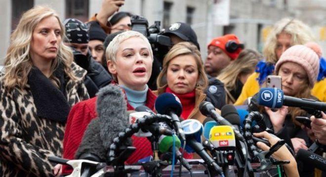 A atriz Rose McGowan foi uma das primeiras mulheres a acusarem publicamente Harvey Weinstein