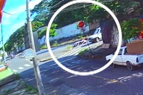 Imagem mostra momento exato do atropelamento