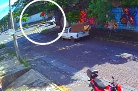 Motociclista morreu no local