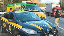 Mulher morre atropelada na Régis e motorista foge sem prestar socorro