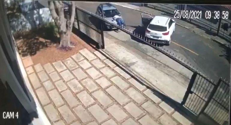 Vídeos de câmeras de segurança que flagraram o atropelamento serão periciados
