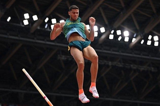 Atual campeão olímpico do salto com vara, Thiago Braz está na final da prova nos Jogos Olímpicos de Tóquio. O brasileiro conseguiu saltar sobre 5,75m e garantiu a vaga na decisão.