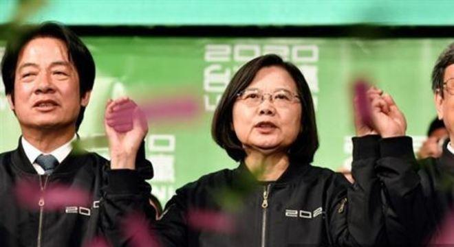 Atual presidente taiwanesa foi reeleita neste sábado