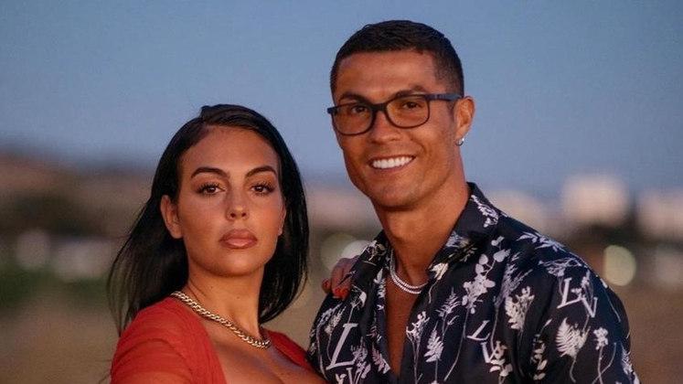 Atualmente, o jogador da Juventus é casado com Georgina Rodriguez. Cristiano tem quatro filhos, mas apenas a caçula Alana Martina é filha da atual esposa
