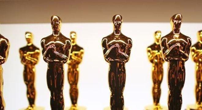 Atualmente, para um título ser elegível às categorias principais da premiação, ele precisa ser exibido em um cinema de Los Angeles por pelo menos sete dias consecutivos, com três sessões diárias