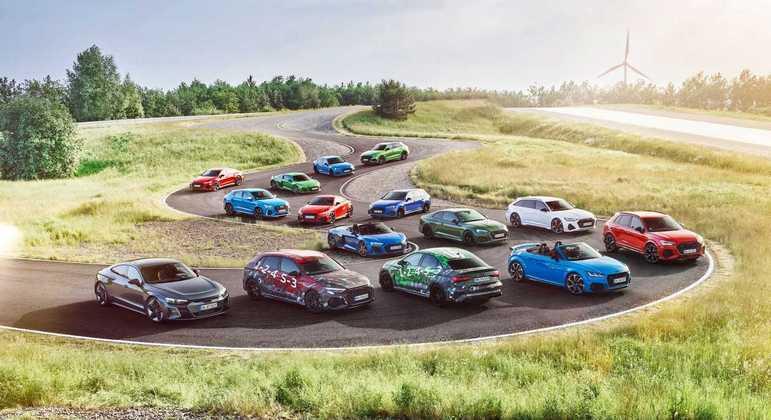 Marca informou que até 2030 tem como meta que todos os seus carros da linha S e RS tenham motorização elétrica