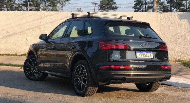 O SUV recebeu a multimídia MMI Touch com 10,1 polegadas, sistema de navegação nativo, Apple Car Play e Android Auto sem fio