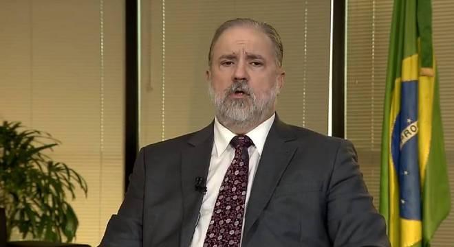 Procurador Augusto Aras defende que governo decida sobre isolamento social
