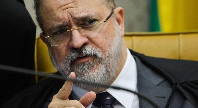 Parte dos procuradores considera que o atual PGR excessivamente próximo ao presidente da República