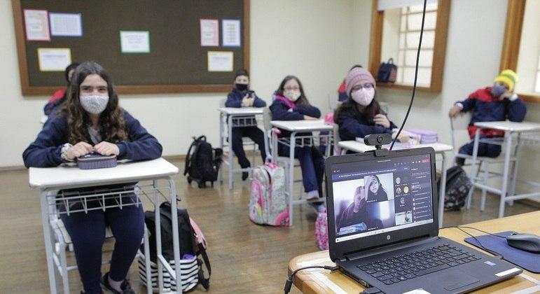Pandemia impactou saúde mental de crianças e adolescentes, dizem autores do estudo
