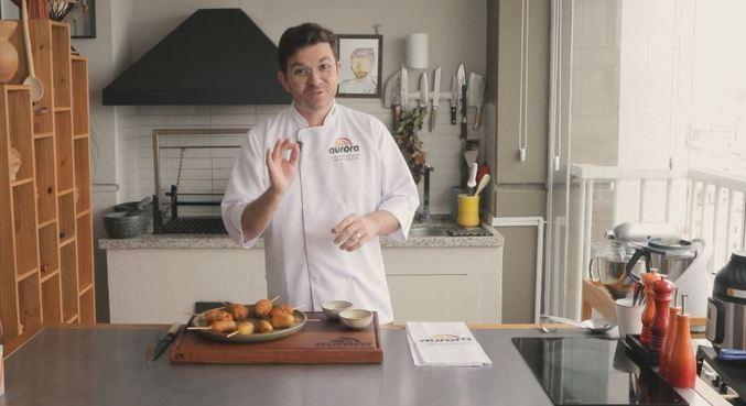 Aprenda mais uma receita Aurora com o chef Guga Rocha