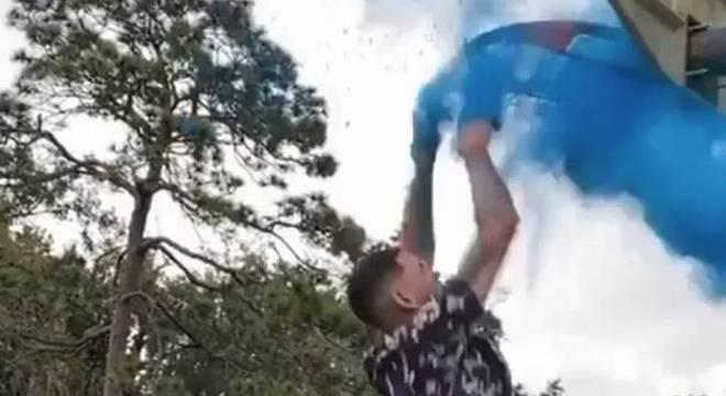 Austin Rivers inovou na hora de revelar o sexo de seu segundo filho