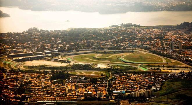 Autódromo de Interlagos passará para a iniciativa privada