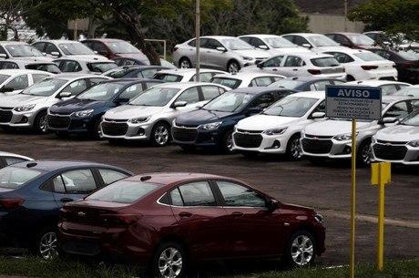 Anfavea corta projeção de queda em vendas de veículos
