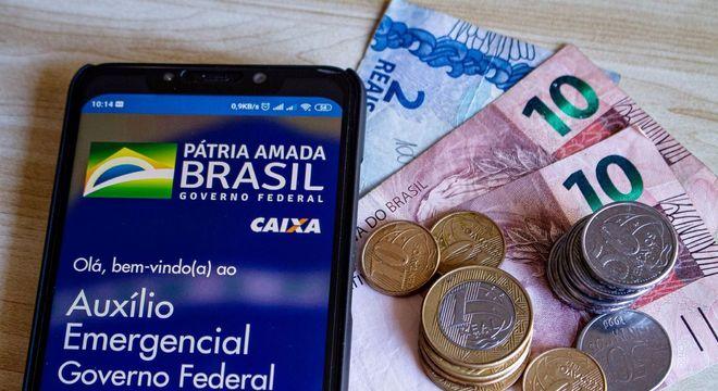 Auxílio terá terceira parcela paga para o Bolsa Família a partir de quarta (17)
