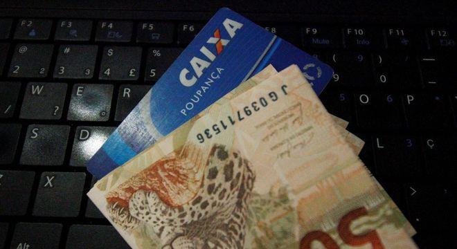 Governo estuda pagar mais R$ 600, dividido em três parcelas