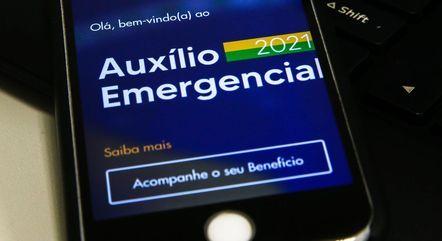 Valor médio do auxílio emergencial em 2021 é de R$ 250