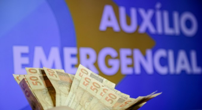 Saque para 3,3 milhões nascidos em dezembro encerra auxílio emergencial