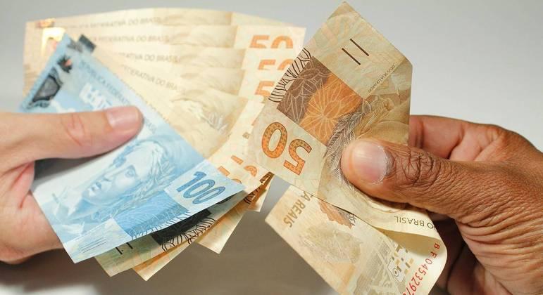 Auxílio emergencial, Empréstimos, Dívidas