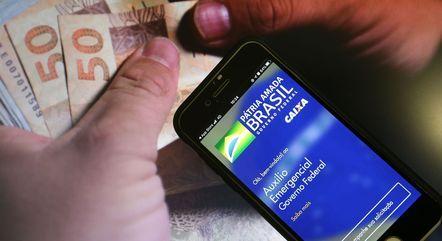 Novas parcelas do auxílio têm valor médio de R$ 250