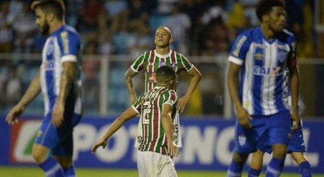 bd2506e2b3 Fluminense perde de novo para Avaí e é eliminado da Copa do Brasil ...