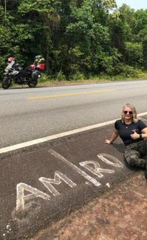 Momento descontração: Moto e Analice em Rondônia, Fernando no  Amazonas