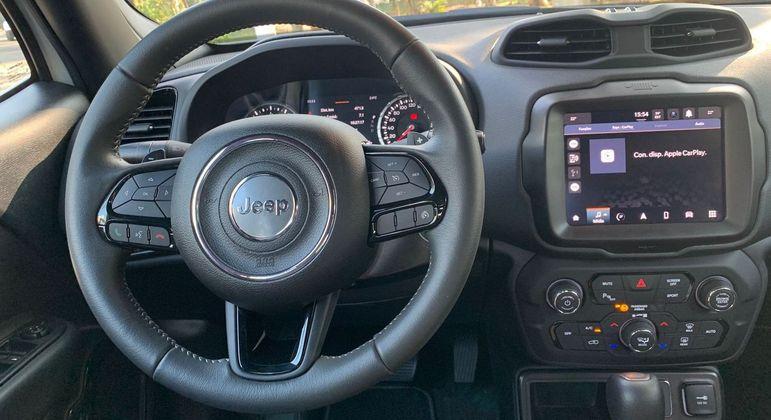 Carro conta com sistema Adventure Intelligence integrado a um aplicativo de celular bem fácil de manipular
