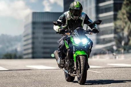 Iluminação por LED melhora segurança viária do motociclista