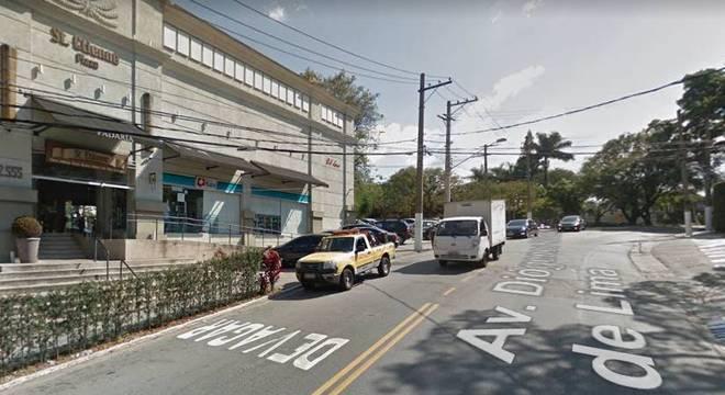 Crime ocorreu na avenida Diógenes Ribeiro de Lima, na zona oeste de SP