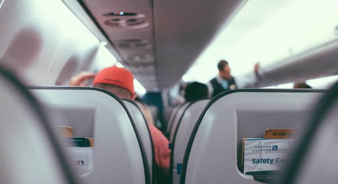 Roma registra 23 infectados com covid em voo procedente da Índia