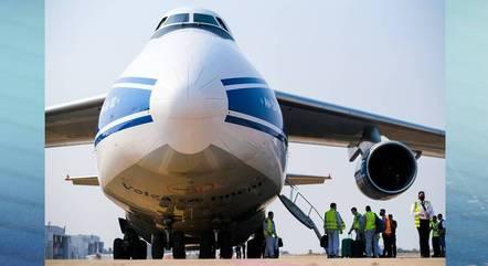 Avião tem 69 metros de comprimento