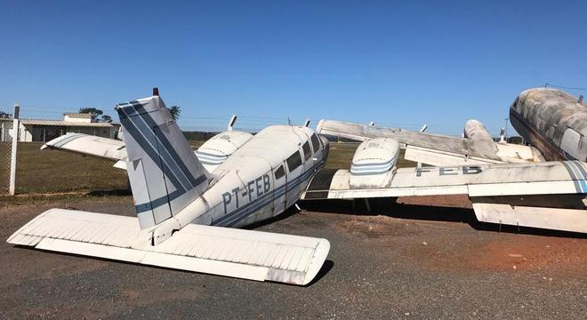Aeronaves sucateadas estão paradas no aeroporto de Brasília desde 2011