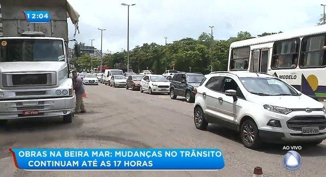 Aviso de recapeamento: sentido Sul da Beira Mar fica em meia pista neste sábado, 21