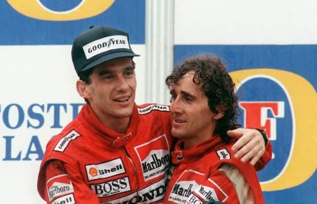 Ayrton Senna e Alain Prost: O piloto brasileiro, Ayrton Senna, e o francês, Alain Prost protagonizaram uma das maiores rivalidades da história da Fórmula Um. Os dois eram companheiros de McLaren, mas nunca deram-se bem. Os grandes momentos da rivalidade aconteceram entre 1989 e 1990. Em 89, os dois envolveram-se em uma batida no GP do Japão. Prost deixou a corrida, mas Ayrton continuou. Mesmo assim, foi desclassificado por não ter saído na contramão da chicane. No entanto, no ano seguinte, no mesmo circuito, Senna conquistou o título logo na primeira volta quando forçou um acidente com Prost e tirou as chances do francês, já na Ferrari, ser campeão. Em 1993 os dois fizeram as pazes com um aperto de mão no podium do GP da Austrália. Em 1994, ano de falecimento do piloto brasileiro, a relação da dupla já era amistosa, tanto que Prost compareceu ao funeral de Senna naquele ano.