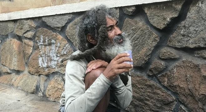 Refrigerante de guaraná é uma das bebidas favoritas do morador de rua