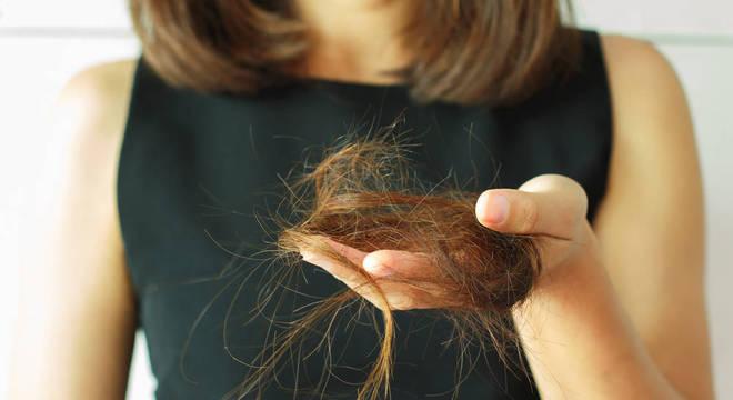 Babosa no cabelo - para o que serve e benefícios e como fazer