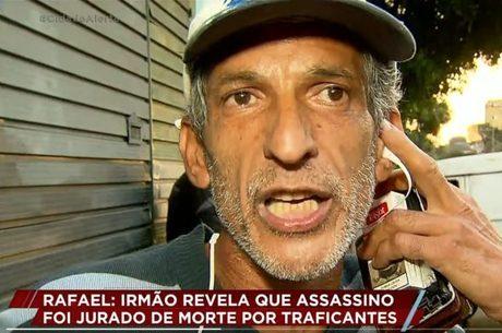 Entrevistado xinga o apresentador Luiz Bacci ao vivo