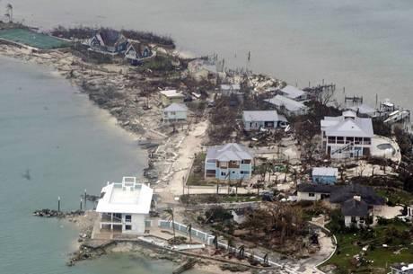 Furacão causou 20 mortes nas Bahamas