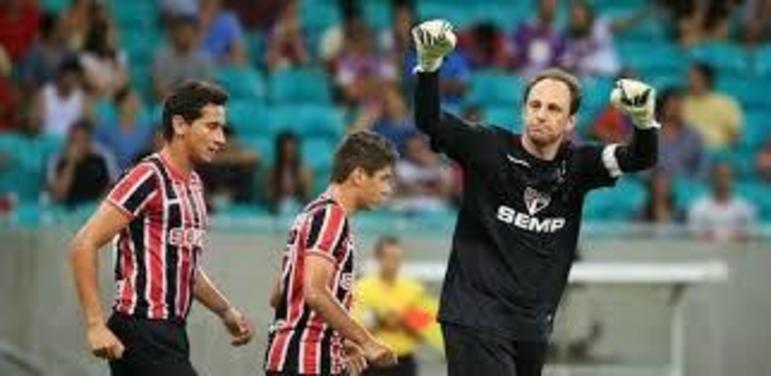 Bahia - 4 gols: o ex-goleiro deixou sua marca quatro vezes diante dos baianos. Foram dois de pênalti e dois batendo falta.