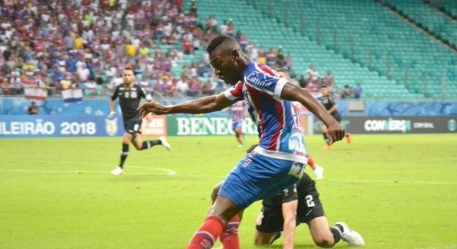 Em casa, Bahia jogou melhor e pressionou o Corinthians durante todo o jogo