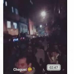 Jovens ocuparam ruas em bailes. Um deles em Heliópolis, zona sul