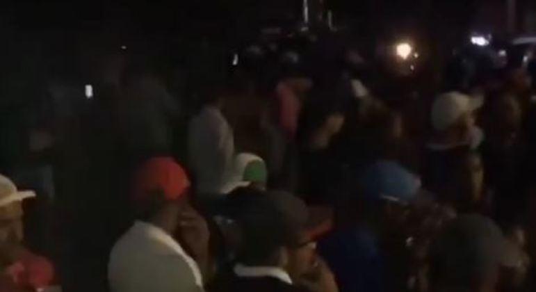Moradores denunciam baile funk em São Miguel Paulista , na zona leste de São Paulo