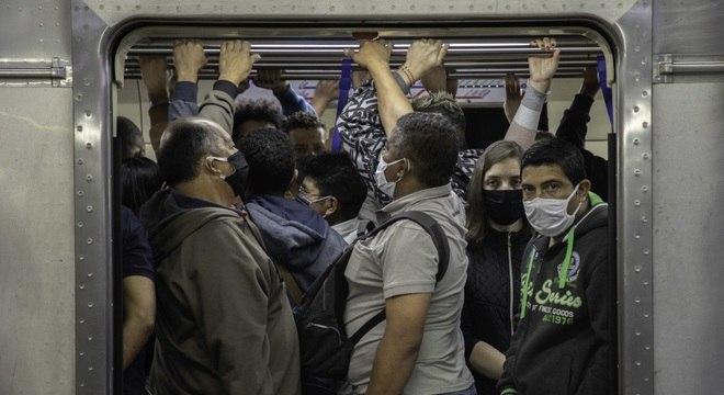 SP registrou aglomerações por conta de problemas em quatro linhas do Metrô
