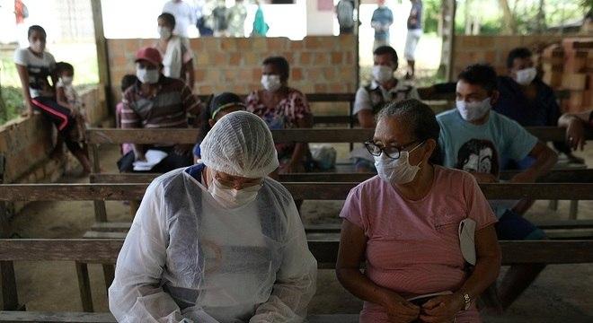 Ministério da Saúde trabalha com sinais de possível estabilização de casos