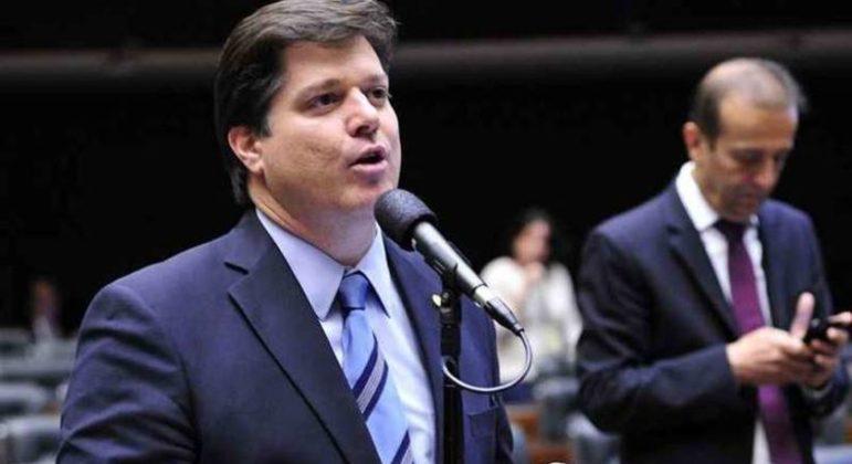 Baleia Rossi disputará presidência da Câmara com Arthur Lira