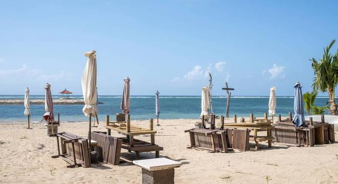Ilha depende do turismo, mas não pode receber visitantes durante março e abril